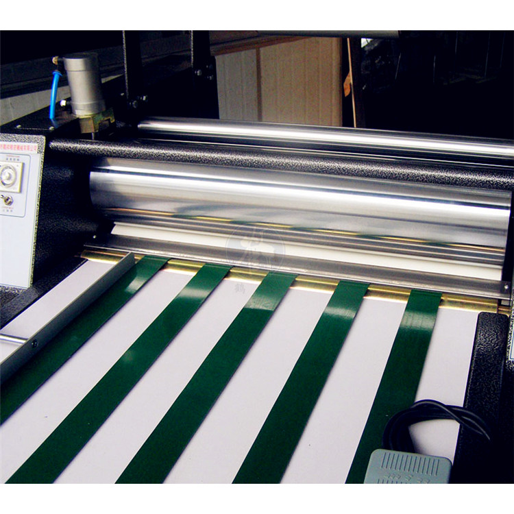 Easy Operation Laminating Machine for Foam Board